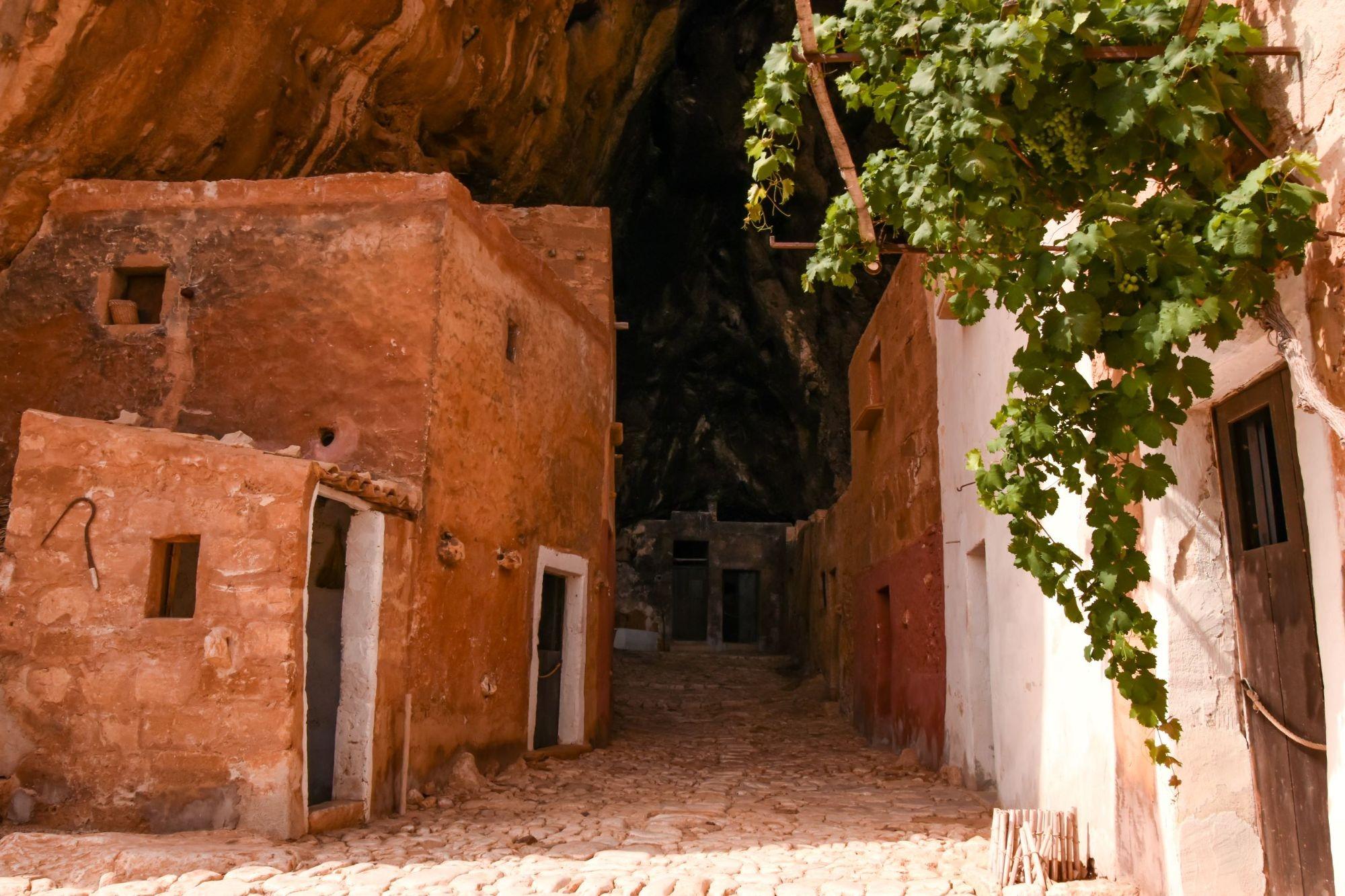 Grotta Mangiapane: un Borgo rurale sospeso nel tempo