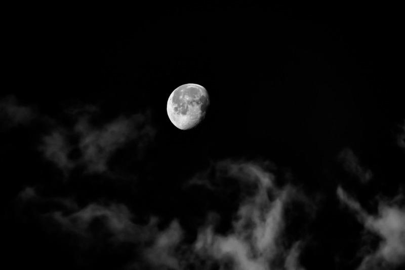 smoke-moon